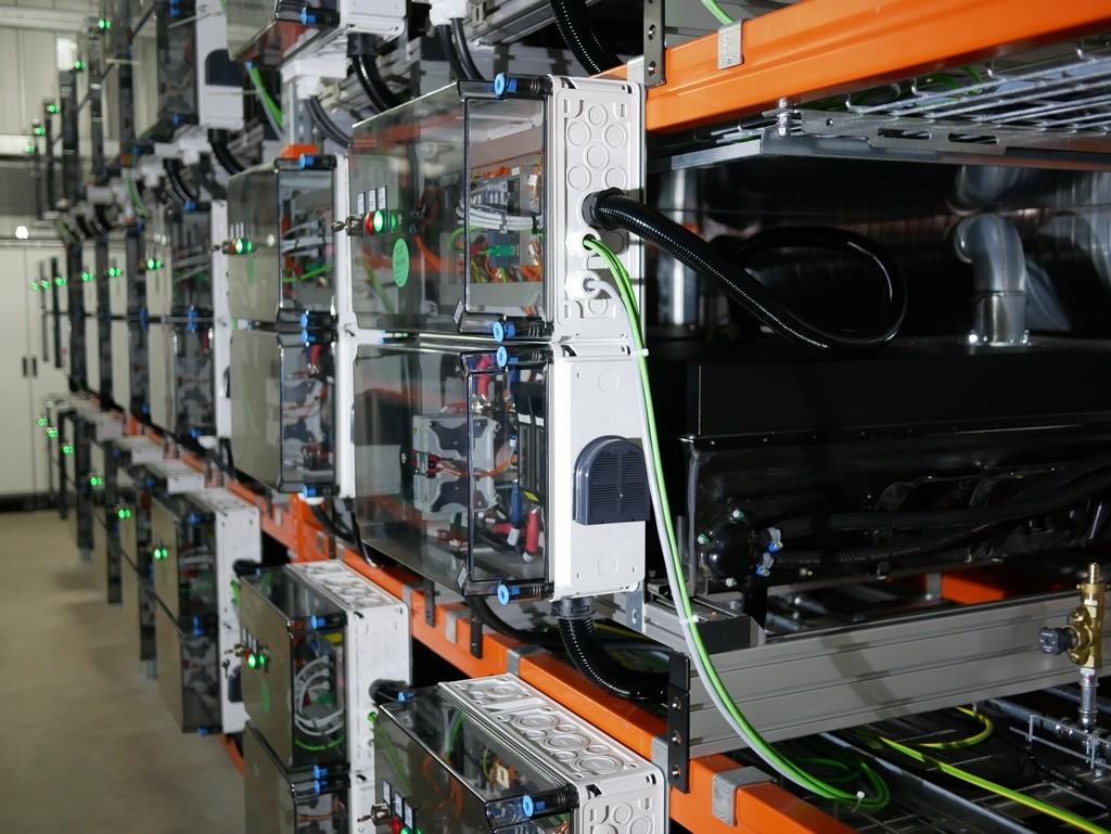 Daimler construye macro estación de almacenamiento