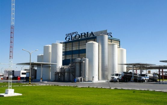 Atención en oficina de información como mecanismo de participación ciudadana, etapa de construcción, central de cogeneración de Illapu Energy. GLORIA S.A.